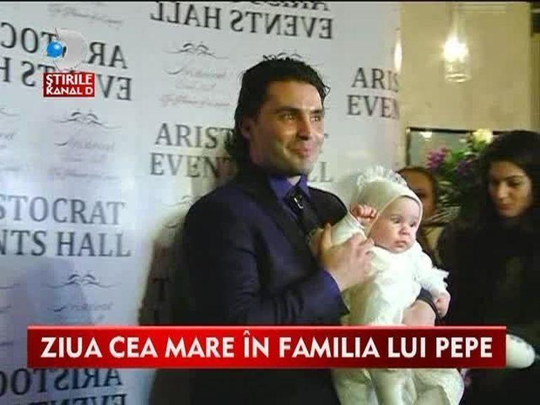 BOTEZUL ANULUI: Pepe si Raluca si-au crestinat fetita! Vezi ce petrecere de LUX a dat cantaretul pentru fiica lui VIDEO