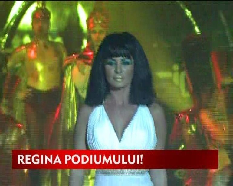 Marina Dina, regina Egiptului!Uite-o cum ii sta in pielea Cleopatrei VIDEO