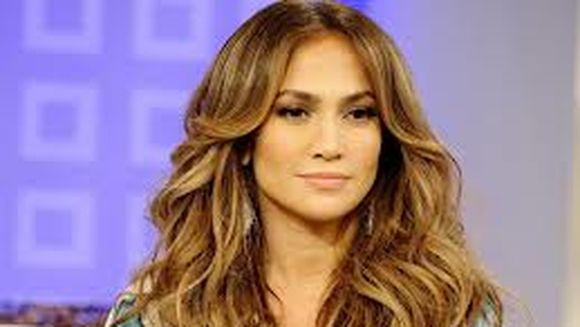 Cure de slabire PERICULOASE ale celebritatilor: AVERTIZAREA specialistilor privind dietele urmate de Madonna, Jennifer Lopez si mama lui Kate Middleton