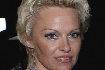 """Pamela Andreson a aruncat BOMBA: """"Am fost violata de doua ori"""""""