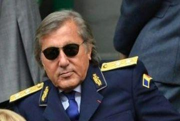 De la uniforma militara, Ilie Nastase socheaza cu o alta aparitie!