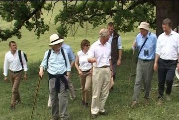 Printul Charles, plimbare in caruta!