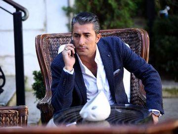 Erkan Petekkaya a dat lovitura: cel mai iubit actor turc a cucerit Hollywood-ul! In aprilie se muta in Los Angeles! Ce se intampla cu serialele pe care le filmeaza deja