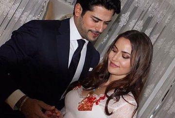 IMAGINI IN PREMIERA cu Burak Ozcivit si Fahriye Evcen in momentul logodnei! Frumoasa lui iubita a fost extrem de sexy. Afla cand va avea loc mult asteptata nunta dintre cei doi