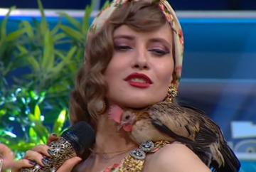 Iulia Albu, surpriza de proporţii in platoul emisiunii WOWbiz! Cum au intampinat-o Andreea Mantea şi Victor Slav