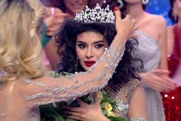 """Marisa este castigatoarea celei de-a doua editii """"Bravo, ai stil""""! Pe langa titlul de """"Cea mai stilata femeie din Romania"""", ea primeste 100.000 de lei si posibilitatea unei cariere in televiziune!"""
