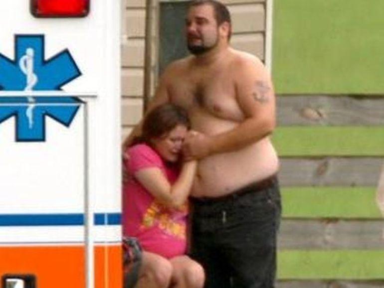 SOCANT: Si-au lasat fetita de 2 ani SINGURA in casa, alaturi de un piton! Sfarsitul este TRAGIC