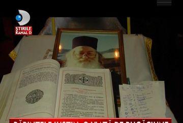 Parintele Iustin Parvu a fost INMORMANTAT la manastirea Petru Voda - VIDEO