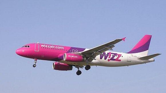 Un avion Wizz Air a ATERIZAT DE URGENTA la Roma provocand ranirea a trei persone