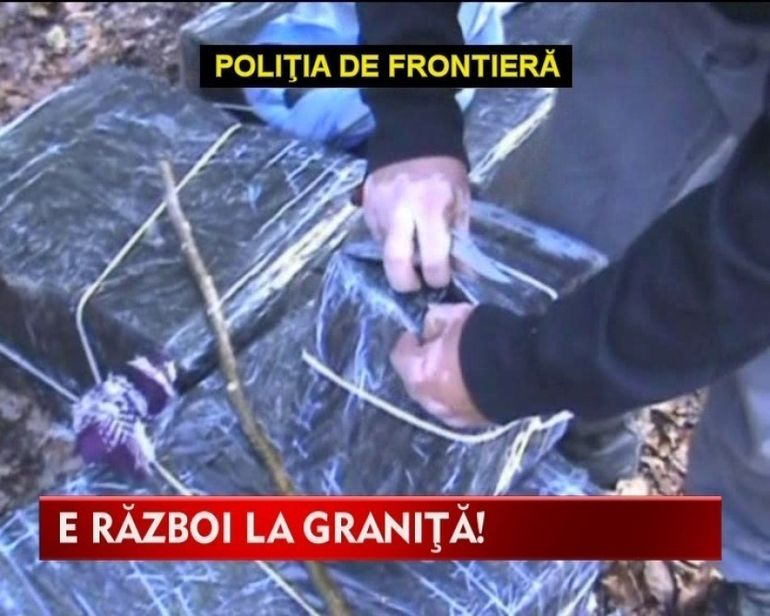RAZBOIUL de la granita! Trei traficanti au fost prinsi aducand ilegal tigarete din Ucraina VIDEO