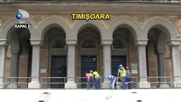 La Timisoara se renoveaza scarile Catedralei Mitropolitane. Pretul este ULUITOR: 100.000 de euro pentru 12 trepte VIDEO