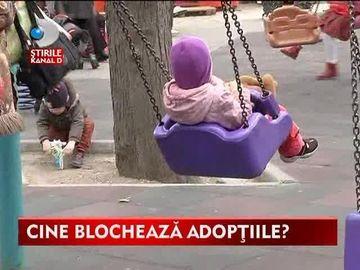 Mii de familii abia asteapta sa adopte un copil! Procedurile in Romania insa dureaza foarte mult VIDEO