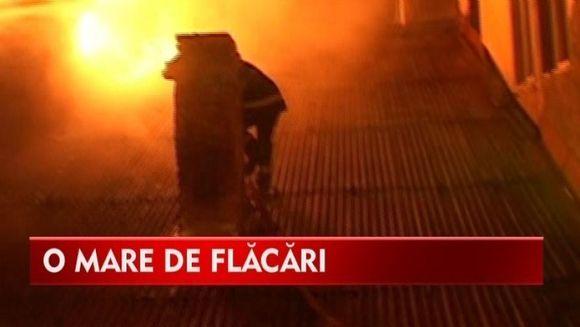 Incendiu de proportii cu pagube de sute de mii de lei VIDEO