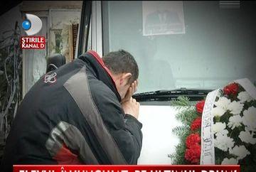 INDURERATI, parintii elevului injunghiat din Targoviste CER DREPTATE VIDEO