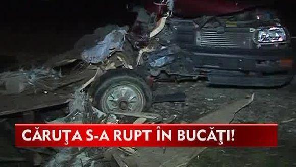 Accident TERIBIL! O familie a fost LA UN PAS DE MOARTE dupa ce o masina a lovit in plin caruta in care se aflau VIDEO