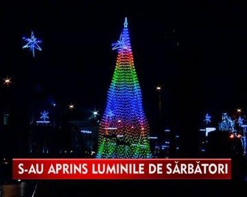 Feerie de Sarbatori in Bucuresti! S-au aprins luminitele de Craciun VIDEO