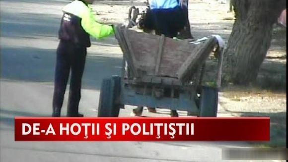 Pirandele din Strehaia s-au pus cu blestemele pe politisti ca sa-si apere sotii VIDEO