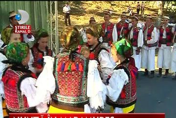 Nunta ca in Maramures nu e nicaieri! VIDEO