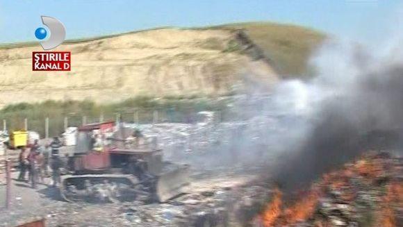 Incendiu la o groapa de gunoi din Cluj VIDEO