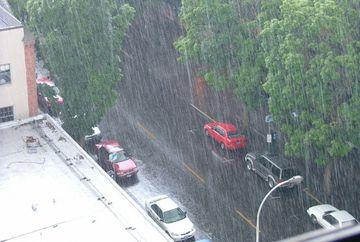 O NOUA ATENTIONARE METEO: Cod galben de ploi VIDEO