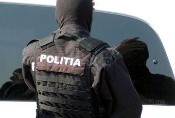 Perchezitii in Bucuresti si in alte trei judete. 27 de persoane suspectate de furt de masini de lux