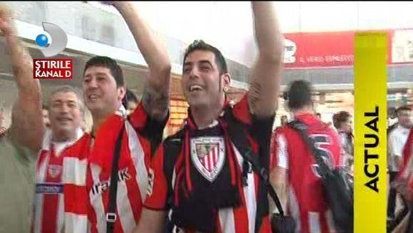 Suporterii spanioli au luat cu asalt centrul vechi al capitalei VIDEO