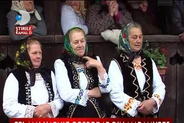 Traditii de Paste in Maramures. Petrecerea udatului stabileste cel mai vrednic gospodar VIDEO