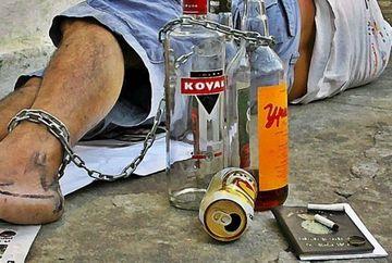 ATENTIE - 10 semne care iti arata ca esti pe cale sa devii alcoolic