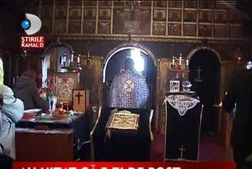 Scandal ca la usa cortului intr-o biserica VIDEO