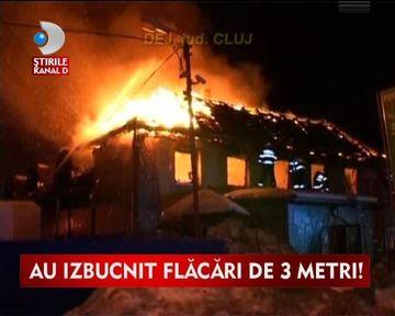 Vacanta de cosmar! O pensiune din Cluj a ars din temelii VIDEO