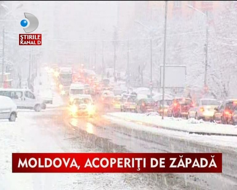Ninge in continuu in Moldova. Traficul a fost dat peste cap VIDEO