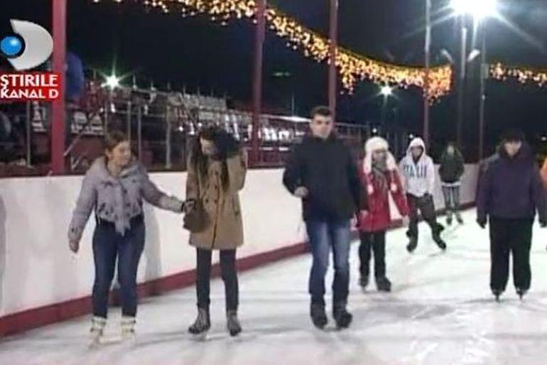 A venit iarna! Cea mai mare distractie e la patinoar VIDEO