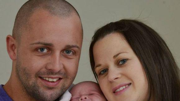 Parinti in stare de soc dupa ce au vazut cu ce s-a nascut fetita lor in gura!