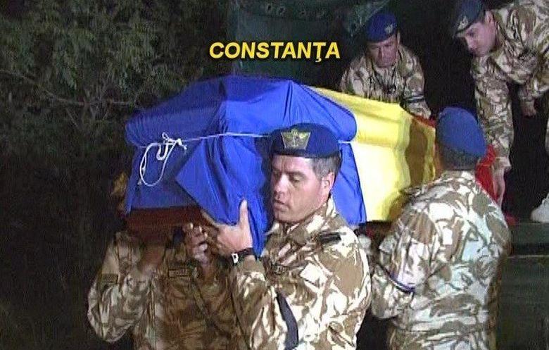 Eroii morti in Afganistan, pentru ultima data in casa parinteasca!