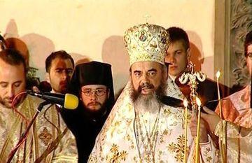 Regele romilor din Romania vrea sa-l dea in judecata pe Patriarh!