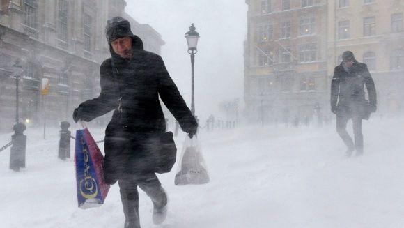 Meteorologii au prelungit CODUL GALBEN de ninsori si viscol. Vezi ce zone vor fi afectate!