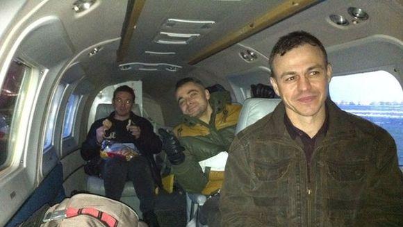 EMOTIONANT: Au aparut IMAGINI cu echipa de medici in avion! Nu se gandeau ca ii paste vreo TRAGEDIE
