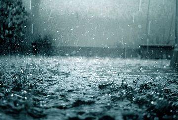 PROGNOZA METEO: Cat mai ploua? Vezi cum va fi vremea joi si vineri