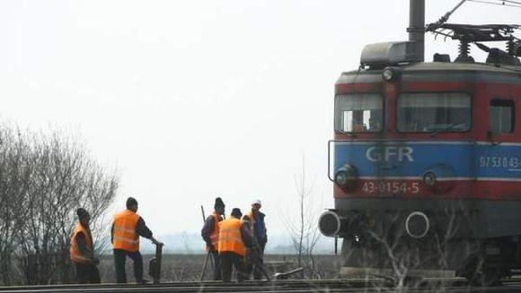 ACCIDENT grav in Arad: Un tren de persoane a lovit un tir!
