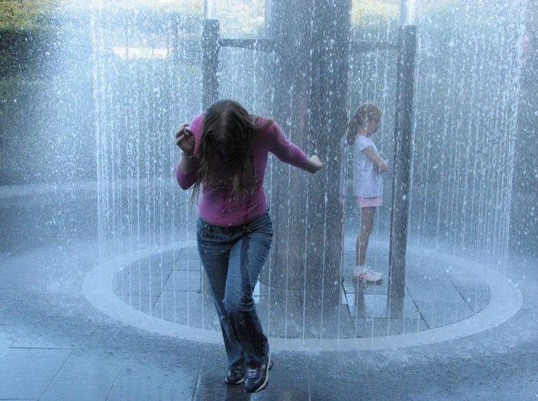 Vesti proaste de la meteorologi: incep ploile. Vezi ce temperaturi se vor inregistra joi si vineri!