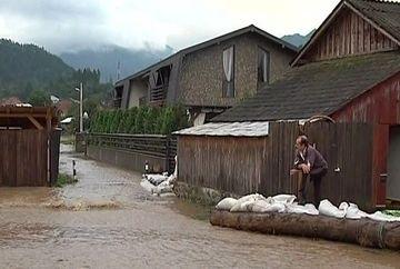 S-a dezlantuit INFERNUL peste tara noastra! Dupa 3 zile de urgii si potopuri, cosmarul continua