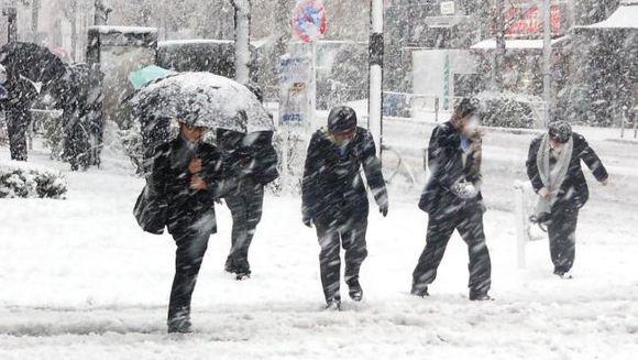 Meteorologii avertizeaza: COD PORTOCALIU de ninsori si viscol! Vezi ce zone sunt afectate