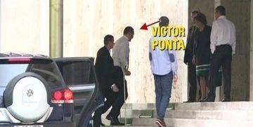 Victor Ponta s-a intors in tara! El si-a facut intrarea in Guvern schiopatand si purtand barba