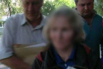 Au aparut primele imagini cu fosta profesoara, acuzata ca si-a ucis sotul si s-a plimbat cu el in saci, zeci de kilometri