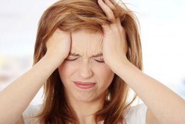 Te doare capul? Uite care sunt cele mai ciudate cauze pentru migrenele tale!