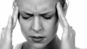 Ai dureri de cap groaznice si din ce in ce mai dese? Uite de ce boli poti sa suferi