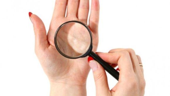 4 lucruri care ti le dezvaluie mainile despre sanatatea ta!
