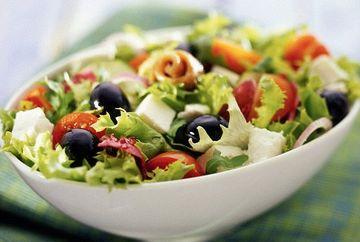 Dieta care face MINUNI pentru sanatate. Daca mananci asta riscul de cancer uterin SE INJUMATATESTE