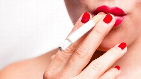 Cum elimini in mod natural nicotina din corp? Dupa fiecare tigara, aceasta ramane in organism trei zile
