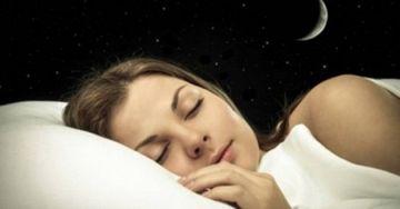 Ai probleme cu somnul? Iata o tehnica care s-ar putea sa te ajute! E inventata de un profesor de la Harvard